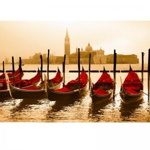 Fototapeta czerwone weneckie gondole