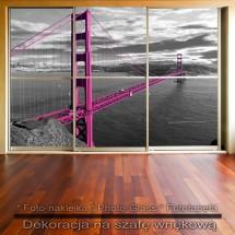 Różowy most - dekoracja na szafę