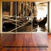 Weneckie gondole - dekoracja na szafę