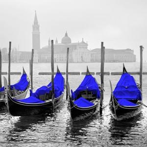 Fototapeta niebieskie gondole w Wenecji