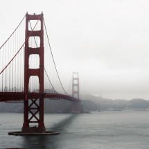 Zamglony Golden Gate