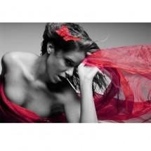 Fototapeta kobieta z czerwonym szalem do sypialni