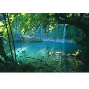 Foto-tapeta turkusowe jezioro z wodospadami
