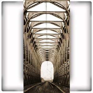 Most kolejowy - pionowa