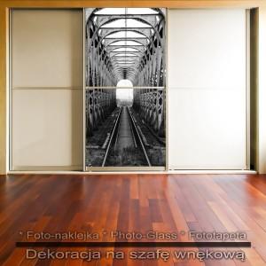 Most kolejowy - dekoracja na szafę