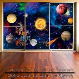 Kosmiczna orbita - dekoracja na szafę